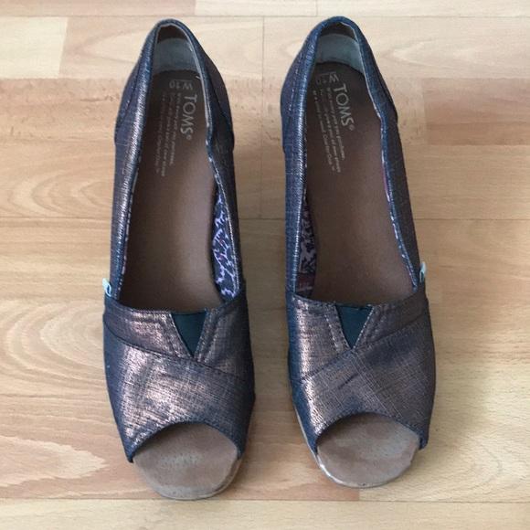 Toms peep toe wedges